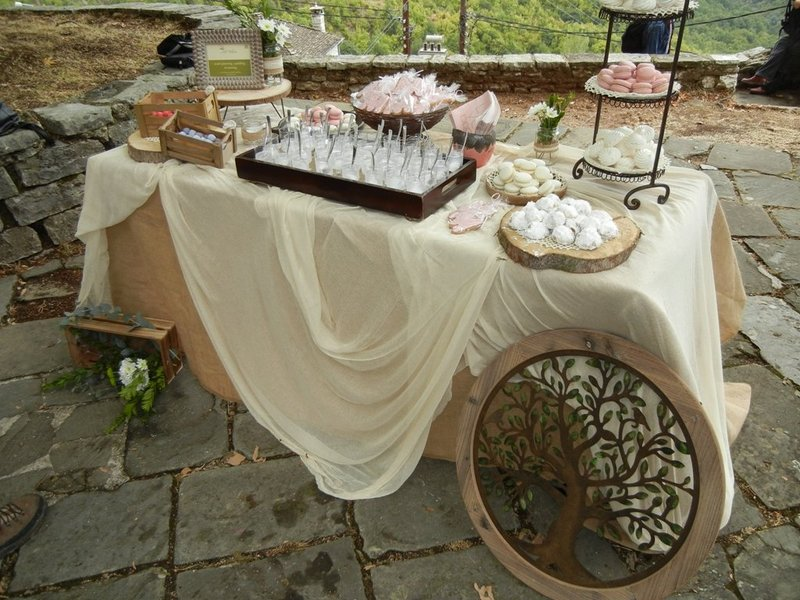 Rustic wedding in Papigo